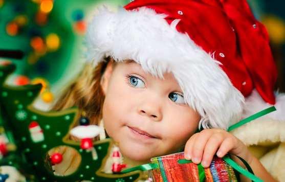 la navidad y los regalos para niños